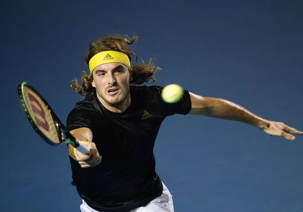 Tsitsipas Rips Past Isner, Musetti Magic Continues in Acapulco
