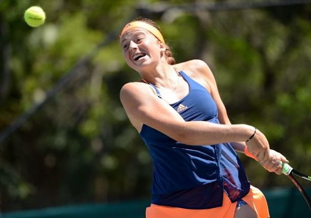 Ostapenko Shuts Down Wozniacki to Reach Charleston Semis