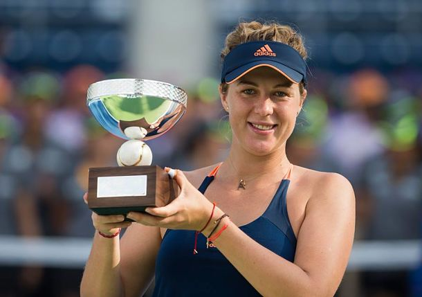 Streaking Pavlyuchenkova Wins Second Straight Title
