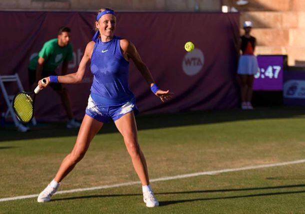 Azarenka's Comeback Temporarily Thwarted by Slugging Konjuh