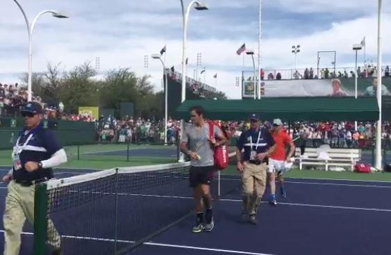 Watch: Fans Go Nuts for Federer at Practice
