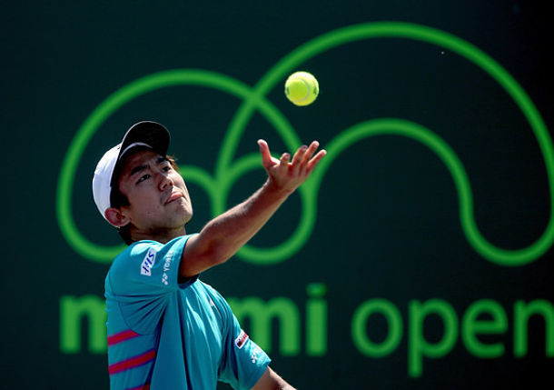 Nishioka Sets Sock Clash in Miami