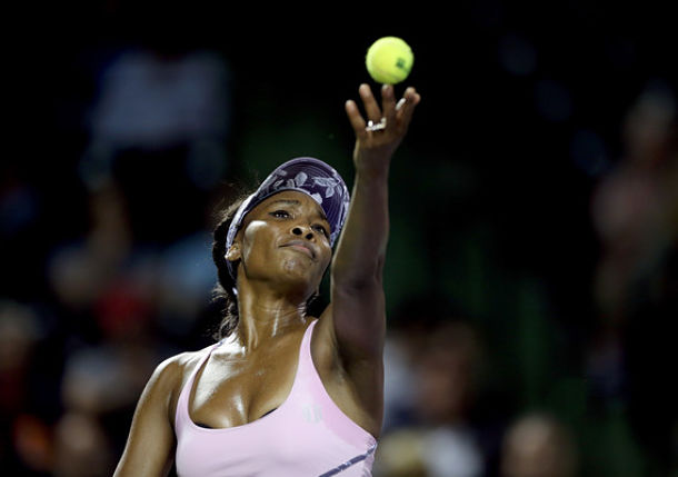 Venus Williams Tops Kuznetsova to Set Kerber Clash in Miami Quarterfinals
