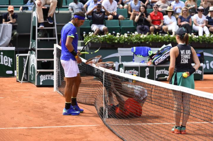 Paire Falls Hard, Nadal Looks Confused