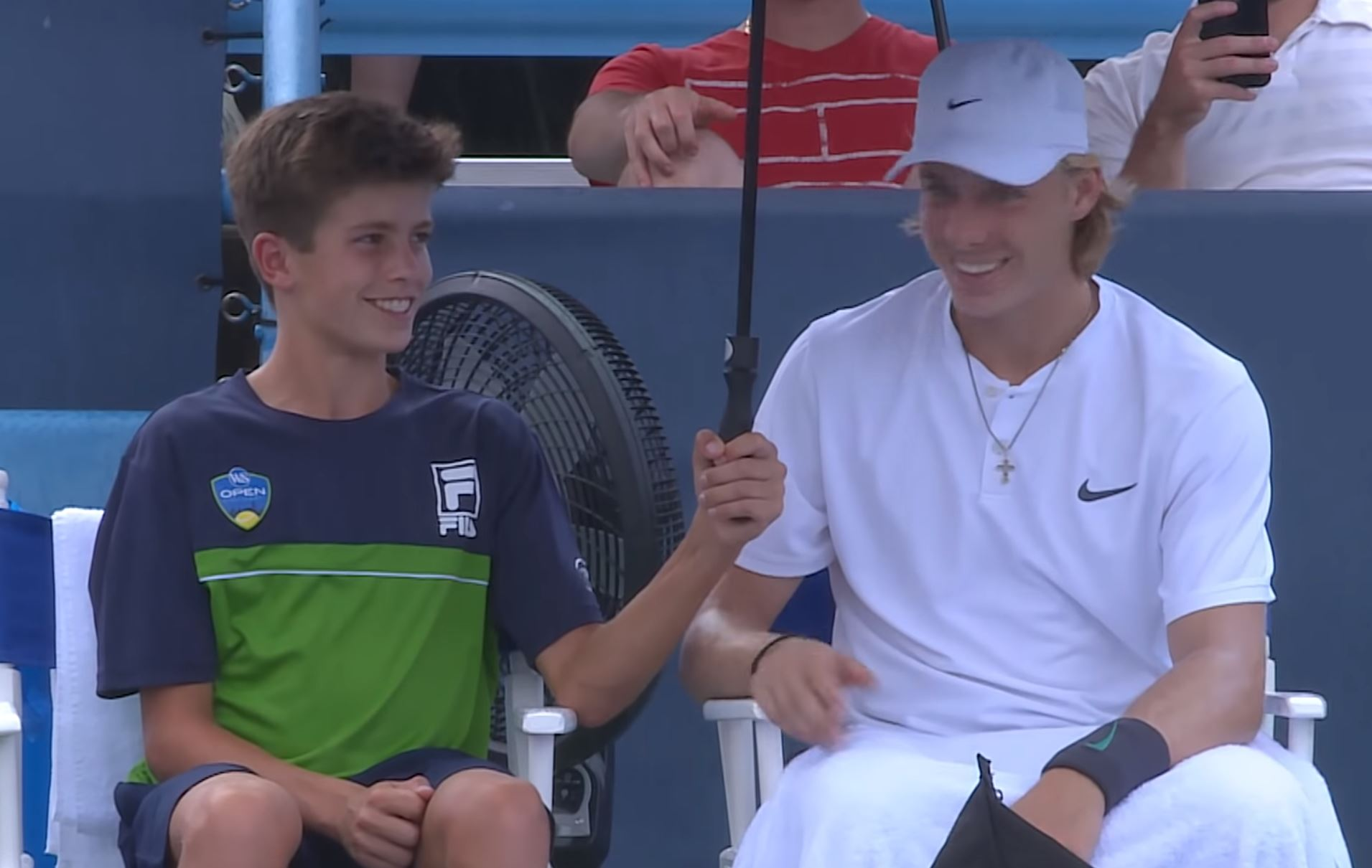 Video: Shapovalov Makes Ball Kid's Day in Cincinnati Rain