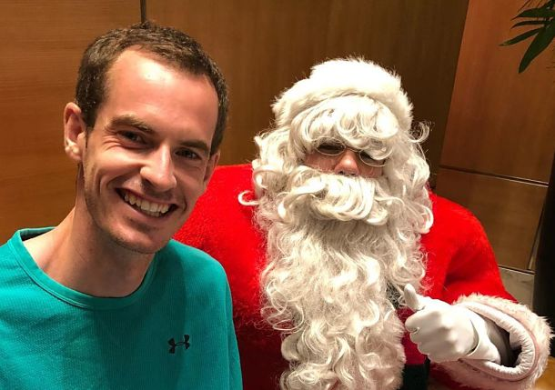 Muzz and Santa: Tennis Stars Celebrate the Holiday Season
