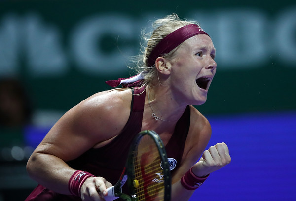 Bertens Breaks Through, Upsets Kerber on Singapore Debut