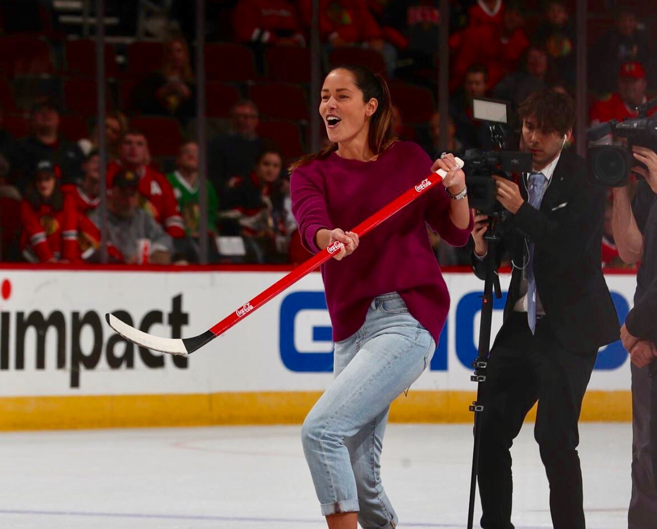 Ana Ivanovic's Hockey Career Starts with a Goal!