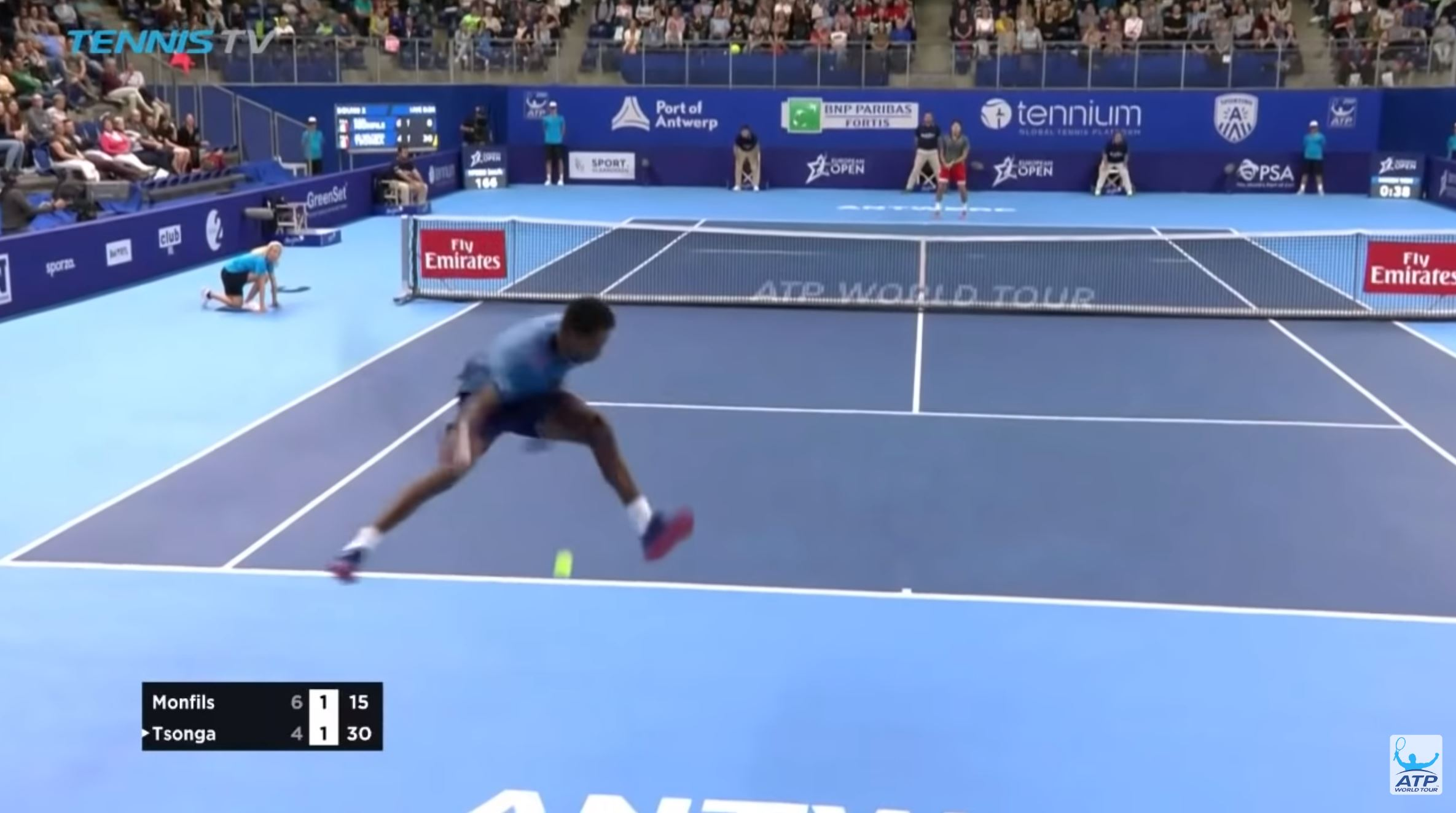 Gael Monfils Takes the Elevator Up for Magical Tweener in Antwerp