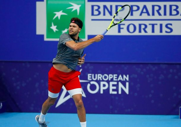 Tsonga Nets First Win Since February to Set Monfils Clash in Antwerp