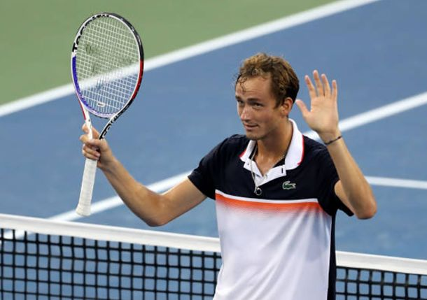 Medvedev Stuns Defending Champion Djokovic In Cincinnati Tennis Now