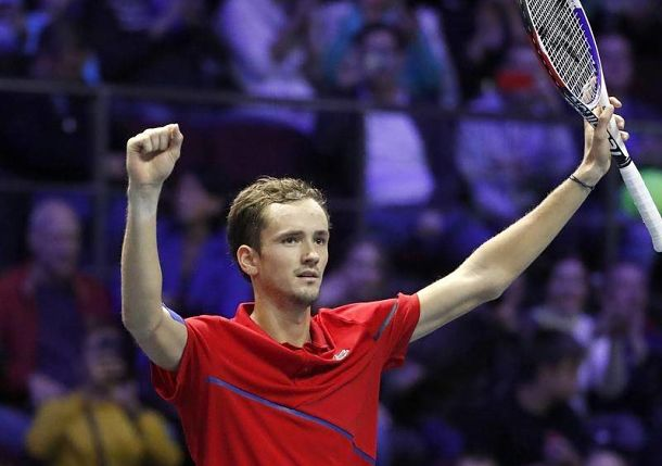 Magical Medvedev Soars in St. Petersburg, Wins Career Title No.6