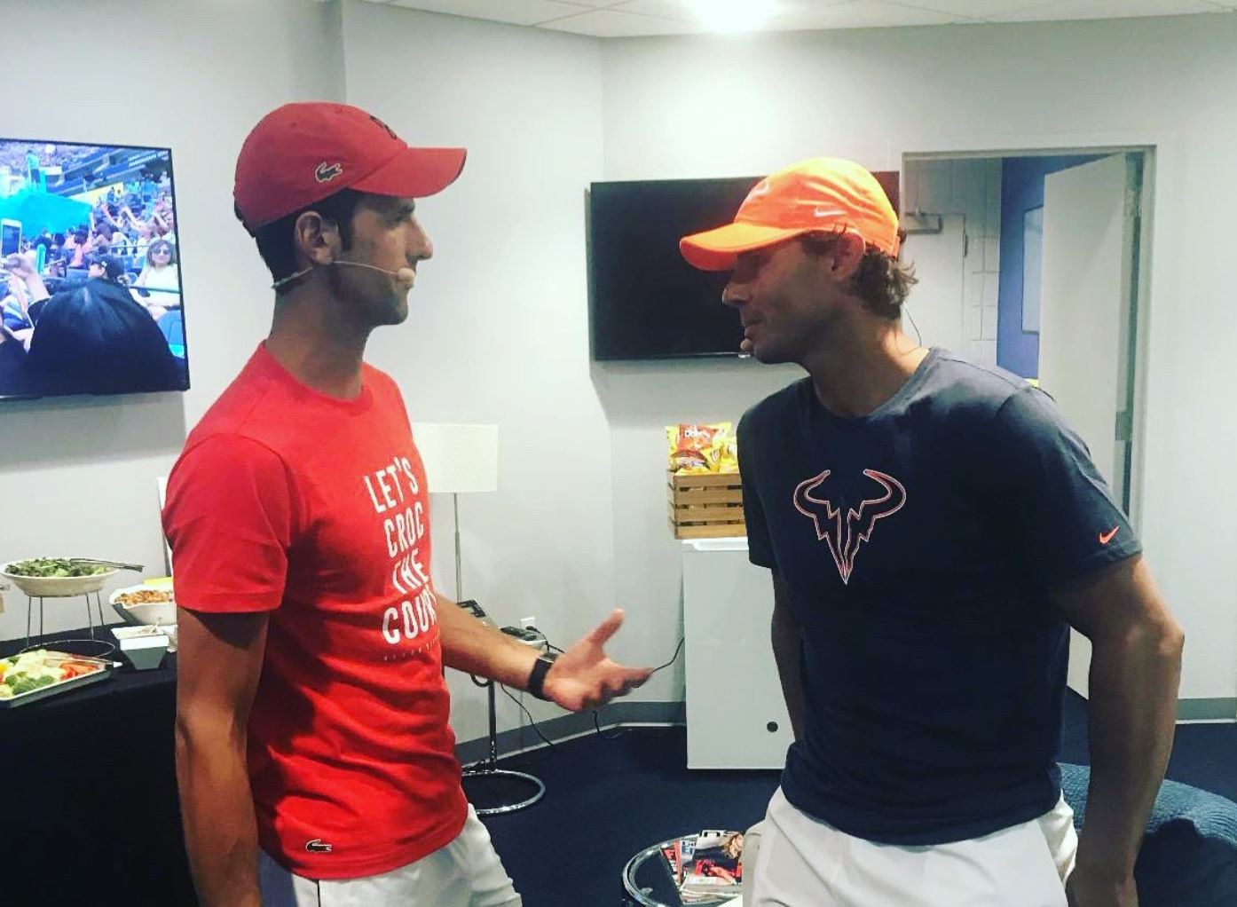 Nadal Praises Djokovic for Donation to #NuestraMejorVictoria