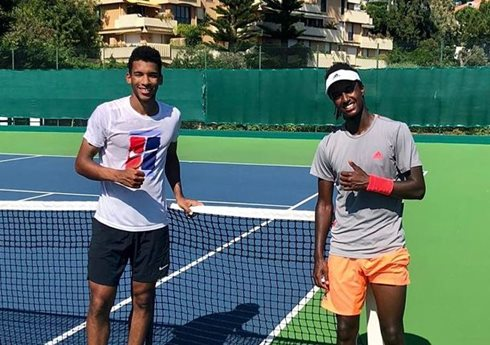 Social Flex: Players Hitting the Court in Preparation for Resumption