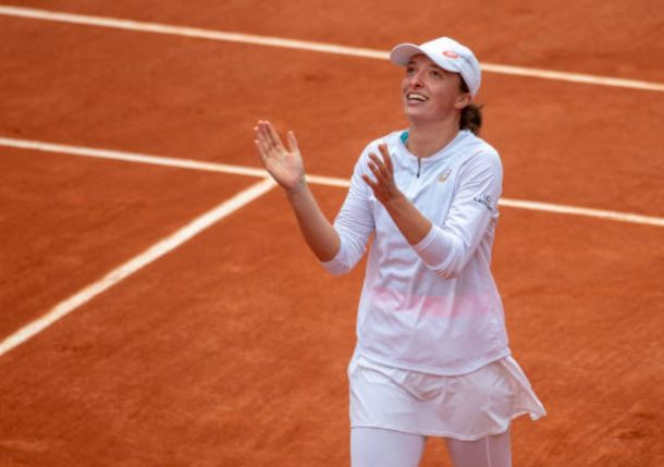 Twitter Loves Iga Swiatek, Poland's First Grand Slam Singles Champion