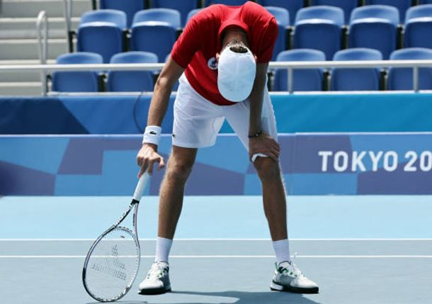 Medvedev, Badosa Struggle with Heat on Grueling Day for Tennis at Tokyo Olympics