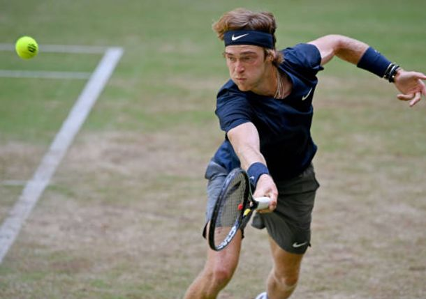 Rublev Rides into Halle Semis, Auger-Aliassime and Humbert Follow