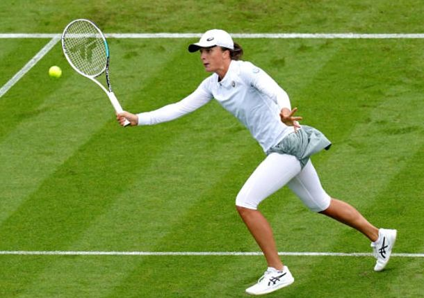 Grass Learning Curve: Swiatek and Andreescu Learning on the Job as Wimbledon Looms